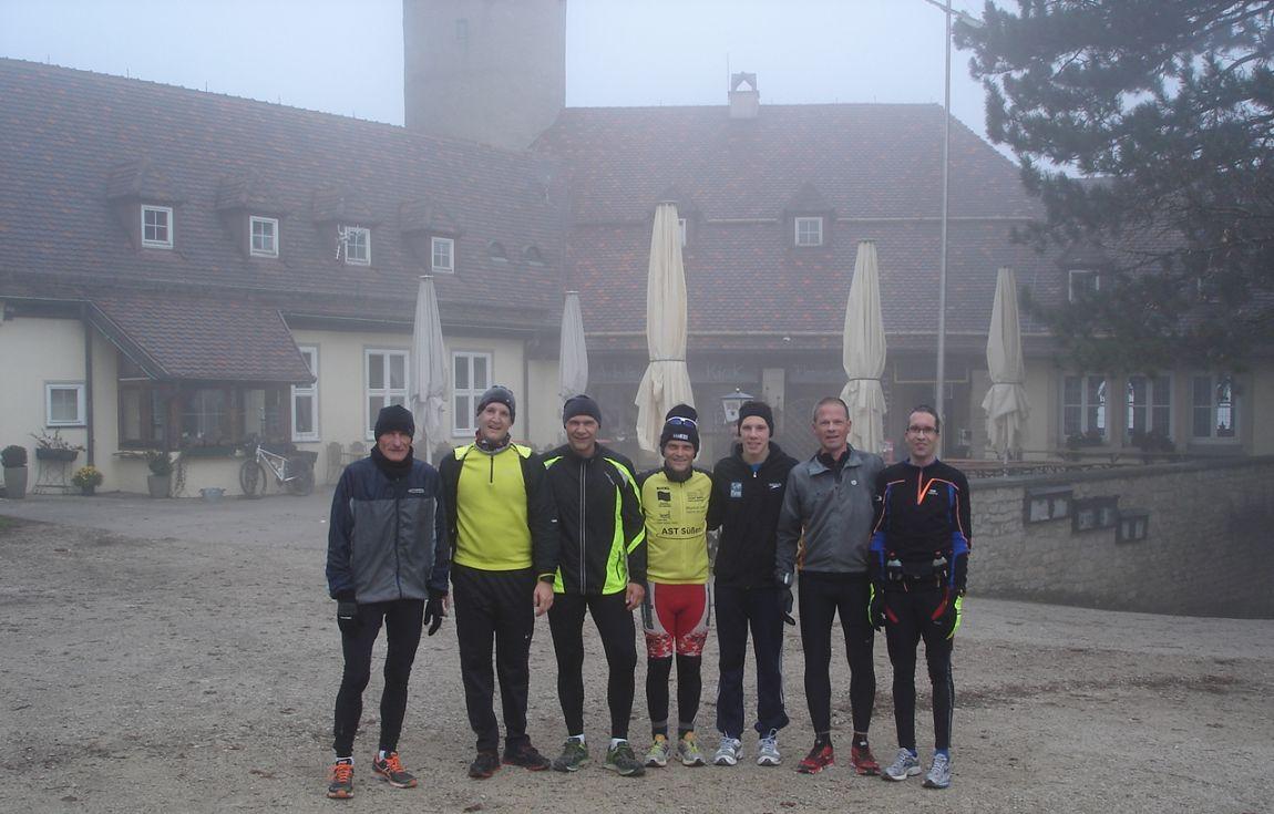 Die Teilnehmer des 1. Trainingslaufes